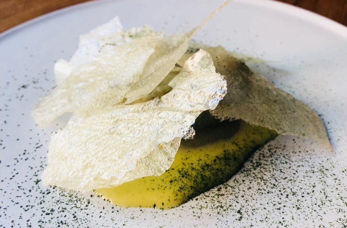 Olio, olio e scarti, olio e lievito, alghe e olio dello chef Marco Ambrosino